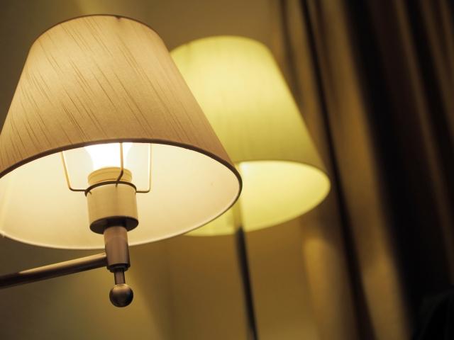 寝室の灯り