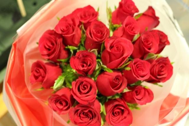 100本のバラ
